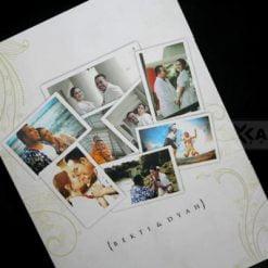 cover belakang undangan pernikahan photo colase