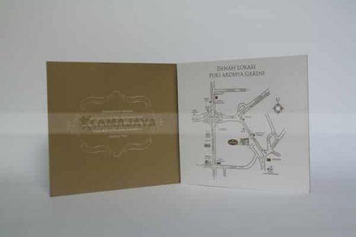 Sisi lipatan undangan gold distha - fanie