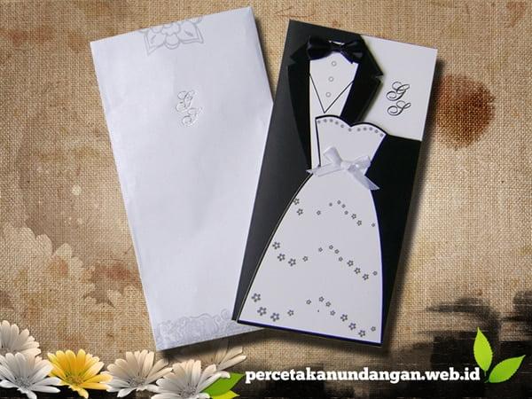 undangan unik gaun manten