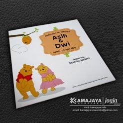 undangan pernikahan unik winnie the pooh