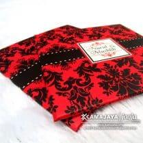undangan vintage merah