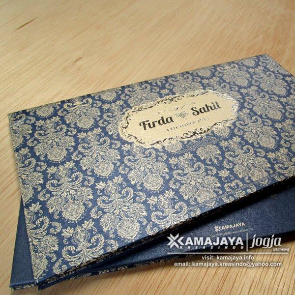Undangan Pernikahan Hardcover Hotprint Emas