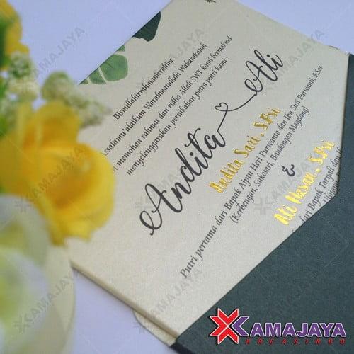 Contoh Undangan Pernikahan Unik Dan Menarik