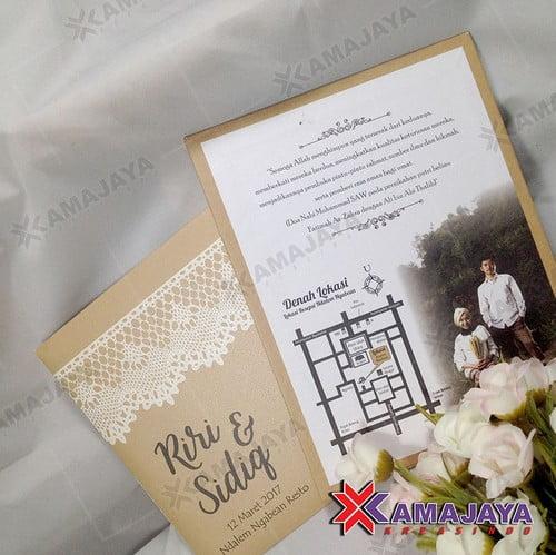 Desain Undangan Pernikahan Unik Dan Elegan